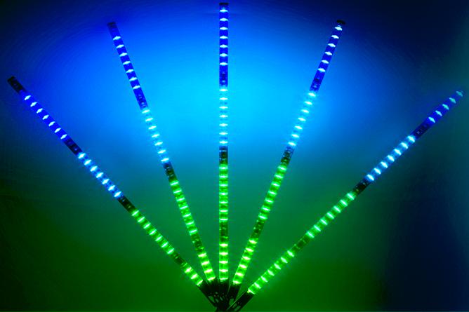 5 hochauflösende und ultrahelle LED Tubes - für den Partyspaß und vieles mehr
